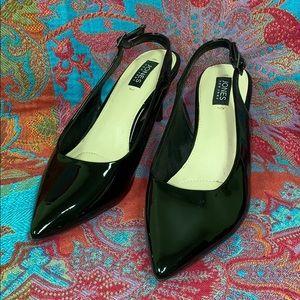 Jones New York pointed toe vinyl sling back heels